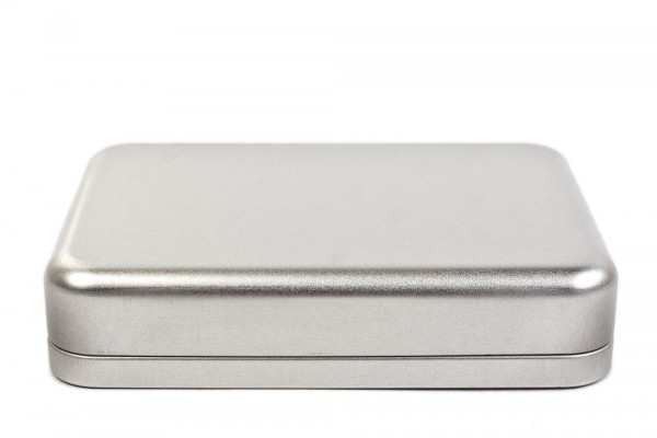 Rectangular tin case